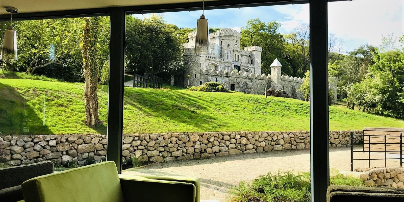 Killeavy Castle and Hotel t